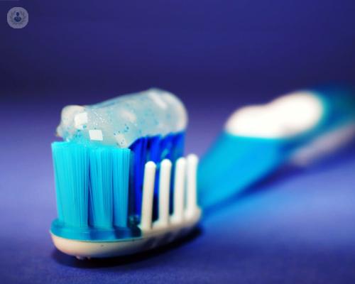 cepillo-de-dientes-higiene-dental