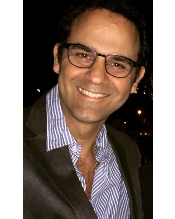 Dr Gonzalo Mur
